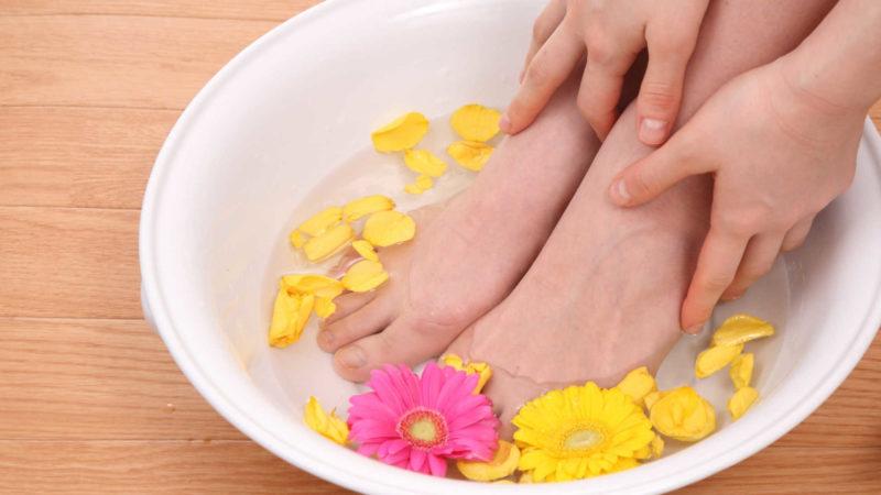 重曹で足浴をする方法