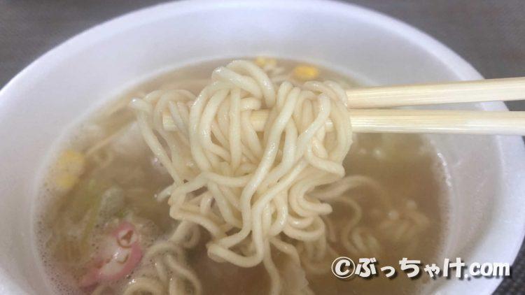 ワンタンメンどんぶりタンメン味の麺